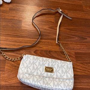 Michael kors crossbody purse 💜